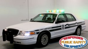 Crown Vic w/ Vantage Bar
